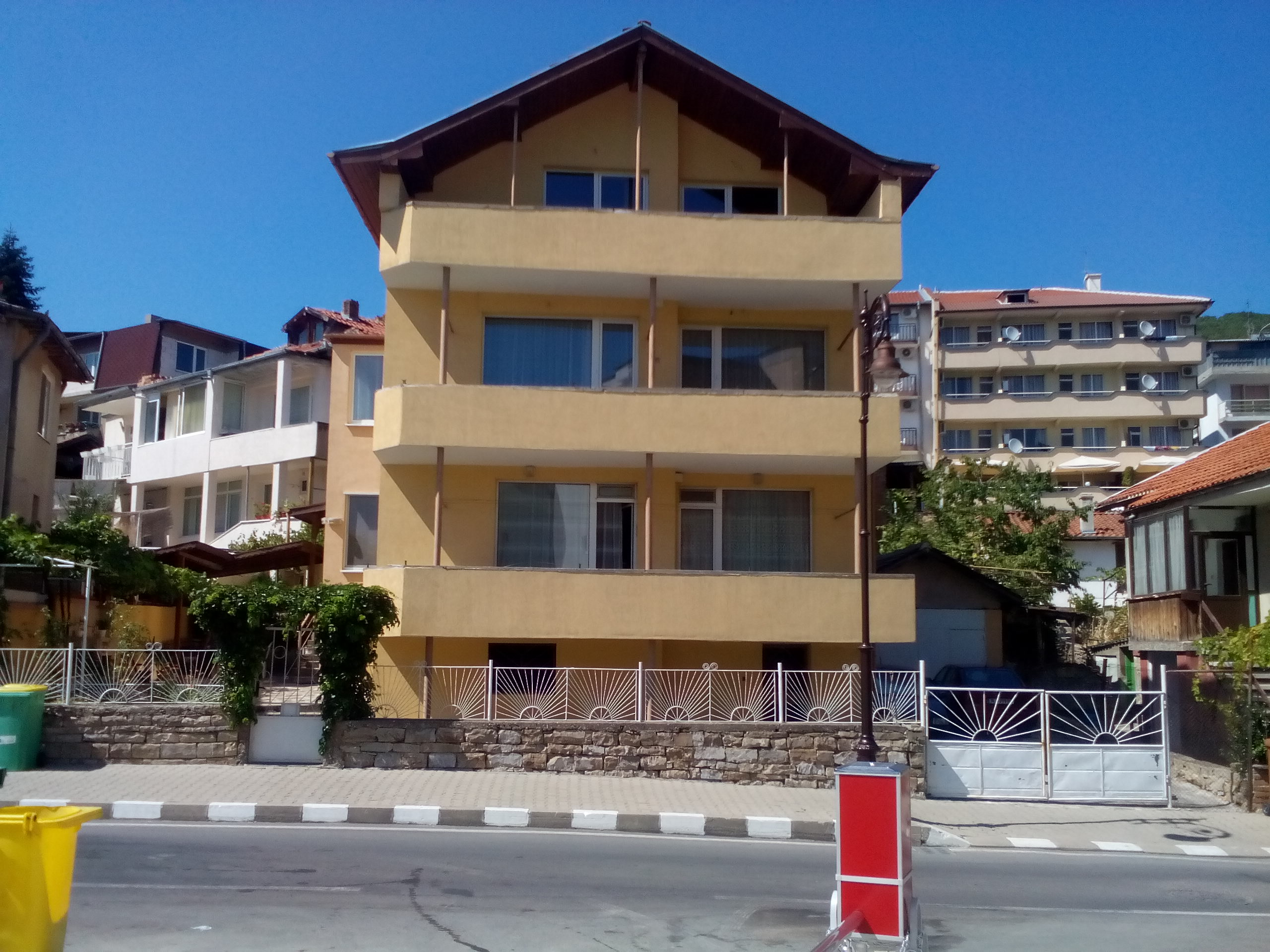 Three story house for sale in st vlas for Three story house for sale